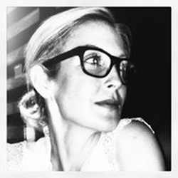 Kelly Rutherford wiki, Kelly Rutherford bio, Kelly Rutherford news
