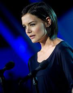 Katie Holmes wiki, Katie Holmes bio, Katie Holmes news