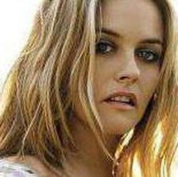 Alicia Silverstone wiki, Alicia Silverstone bio, Alicia Silverstone news