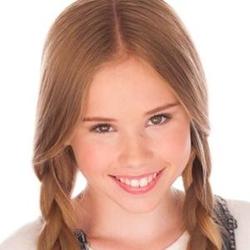 Lexee Smith wiki, Lexee Smith bio, Lexee Smith news
