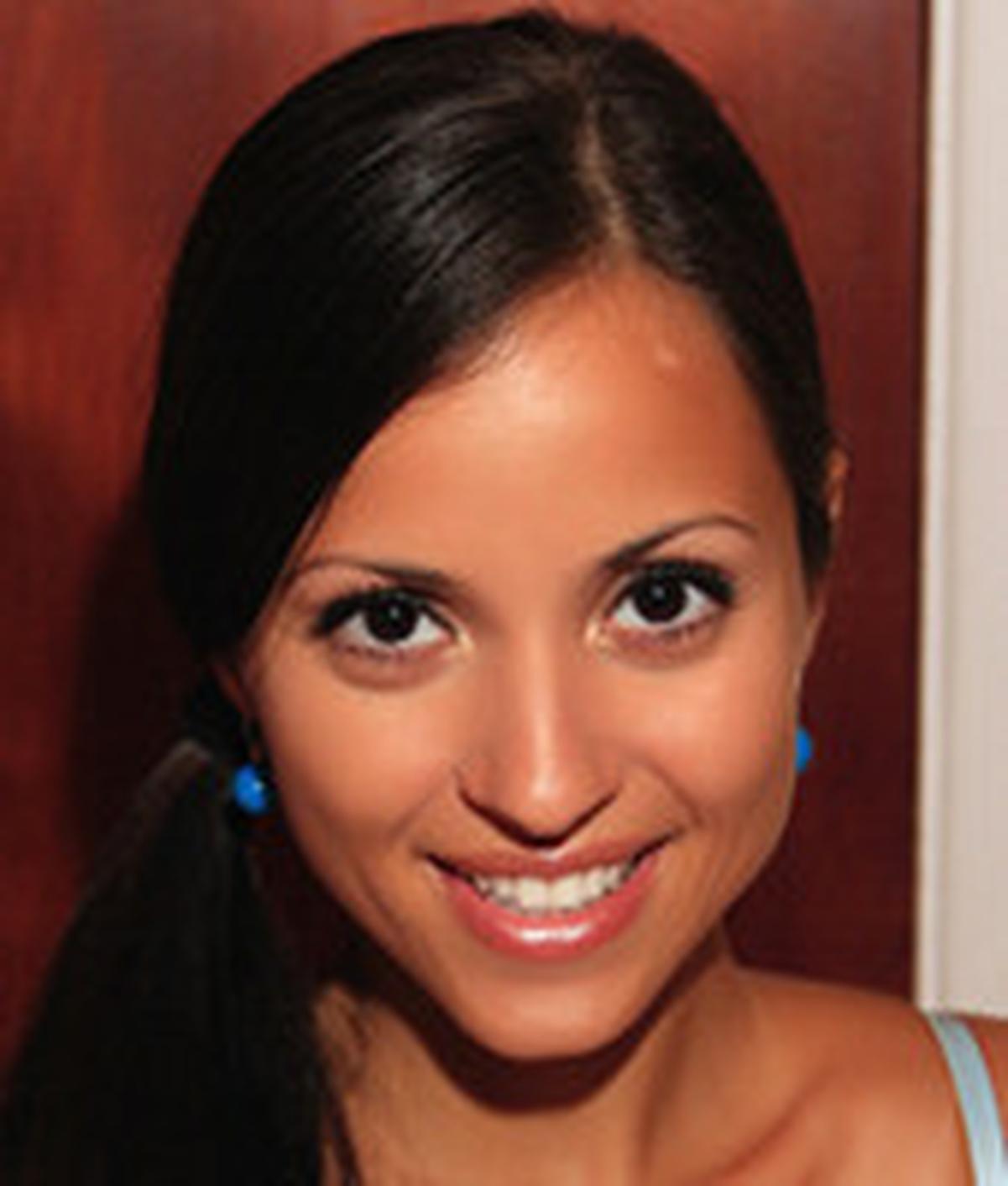 Ayu Azhari - 5 Wanita Cantik ini Tersandung Masalah
