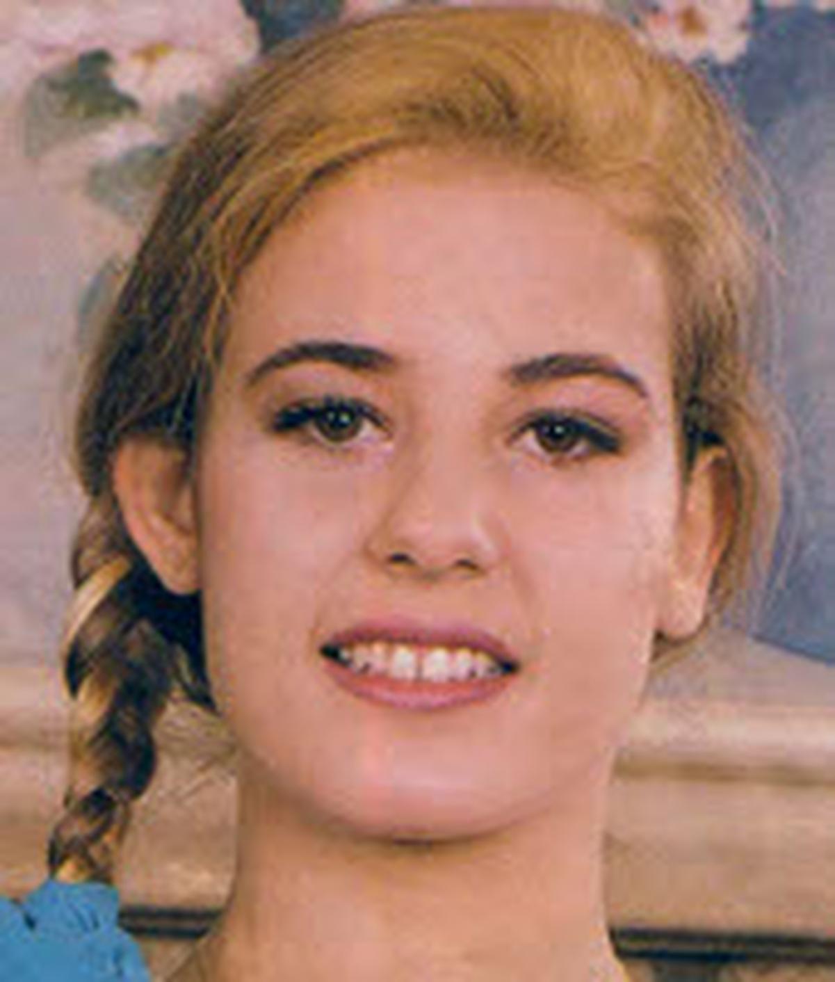 Debbie Van Gils
