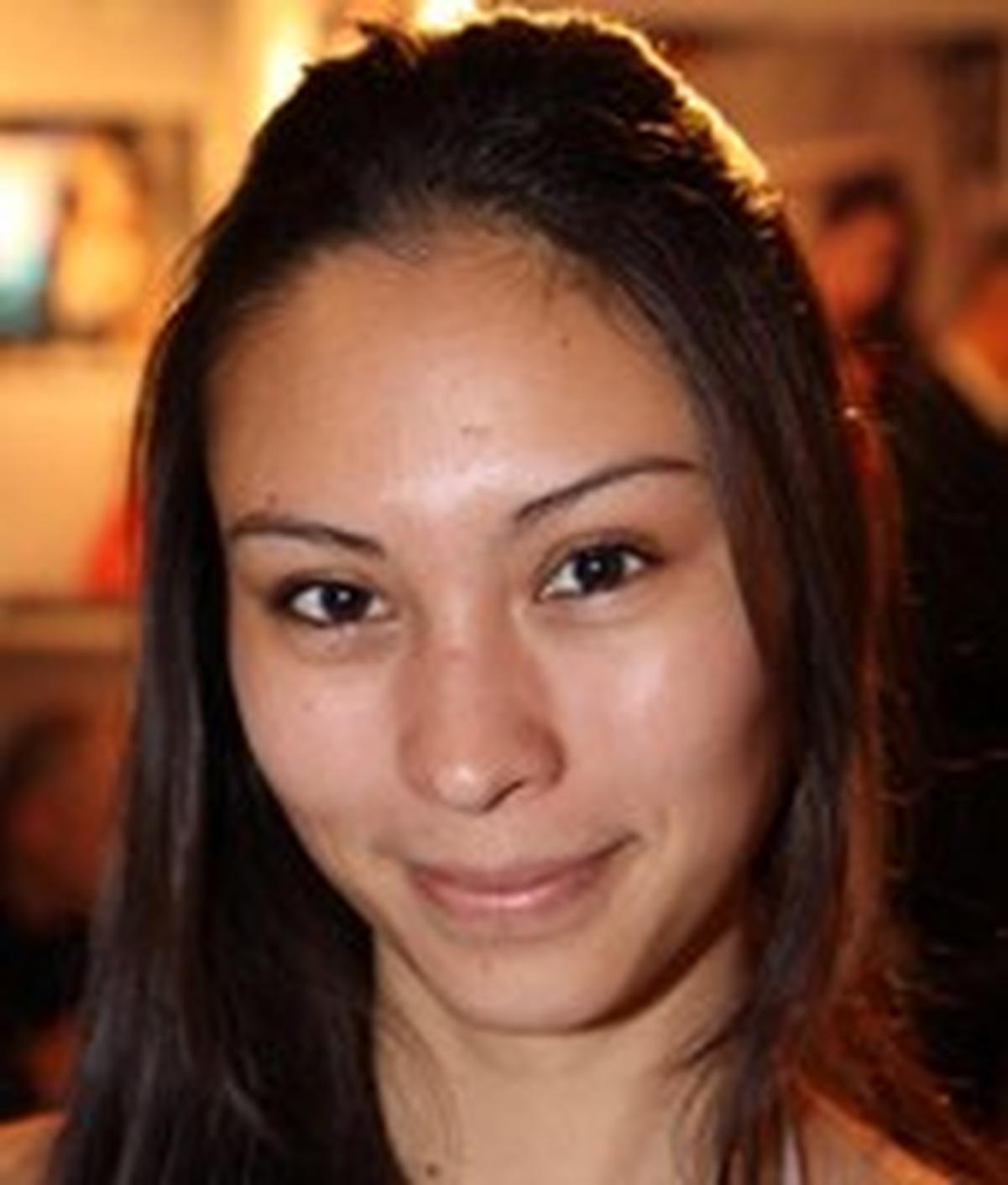Wanita Tan