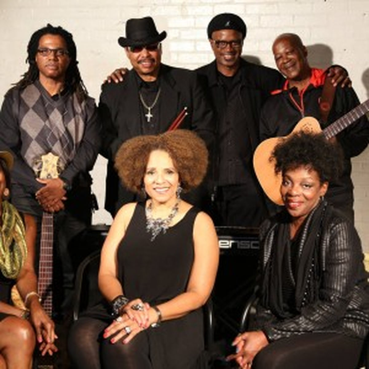Lady Dee & The Rhythm Movement Band