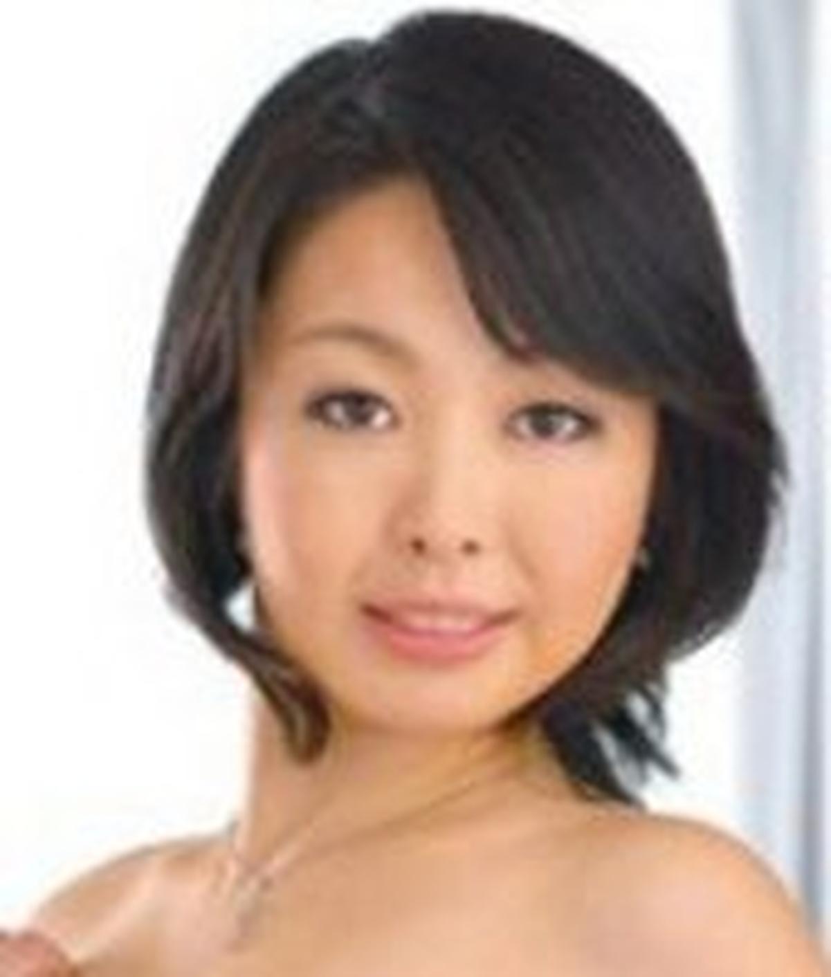Yukari Emoto