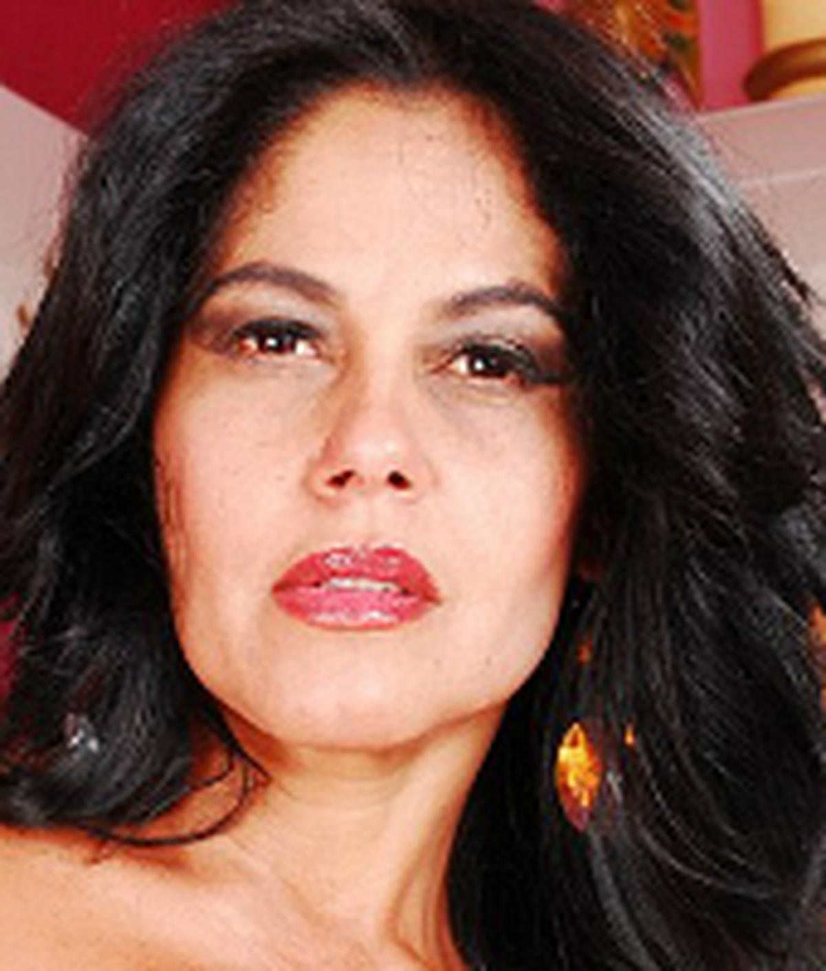 Cleo Gomes
