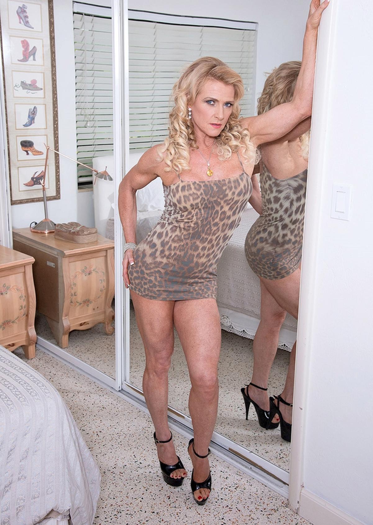 Amanda Verhooks Nude Photos 76
