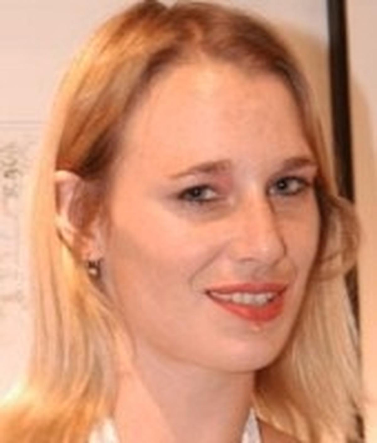 Joyce Ellexa