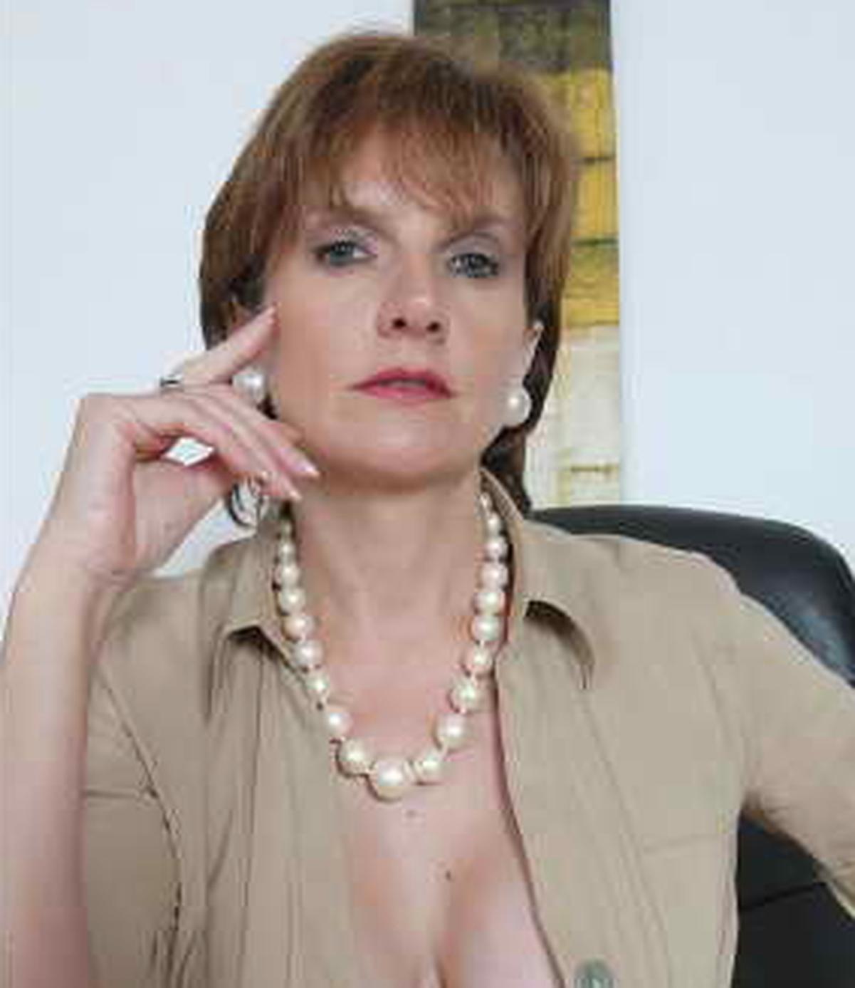 Lady Sonia  Wiki  Bio  Everipedia-5410