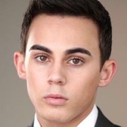 Tyler Alvarez wiki, Tyler Alvarez bio, Tyler Alvarez news