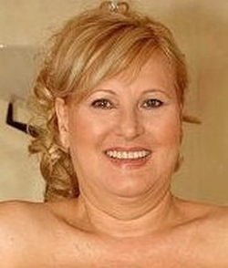 mature lolla noletty porno