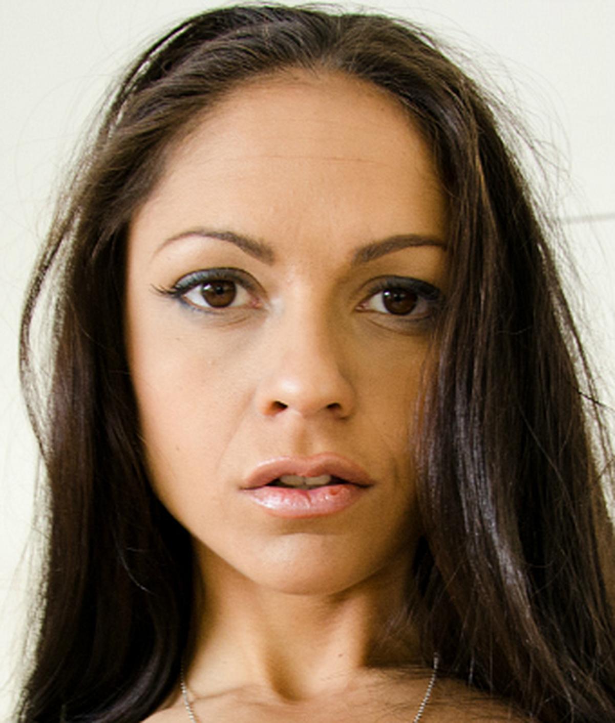 Marta La Croft | Wiki | Everipedia