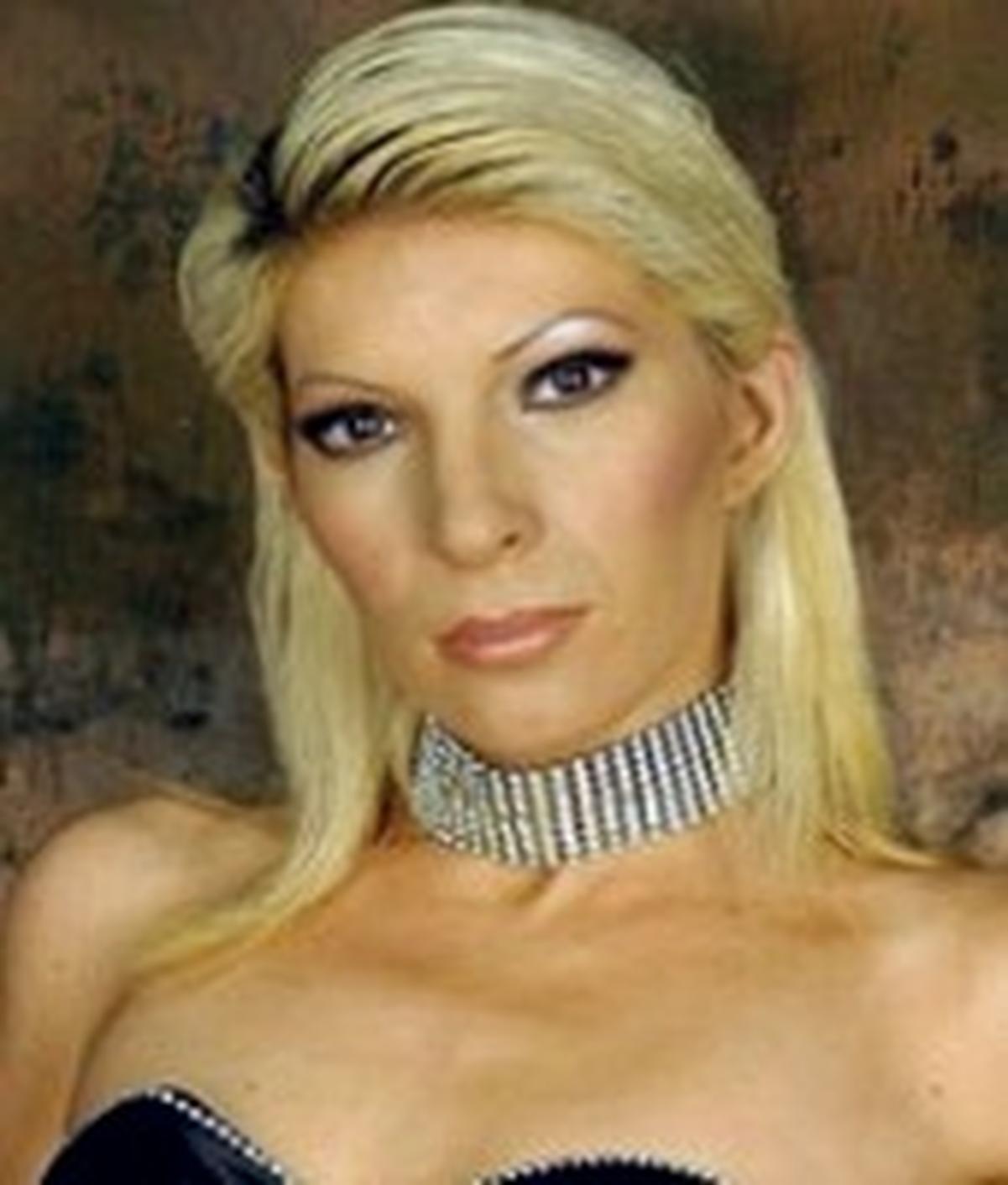Kella Monroe wiki, Kella Monroe bio, Kella Monroe news