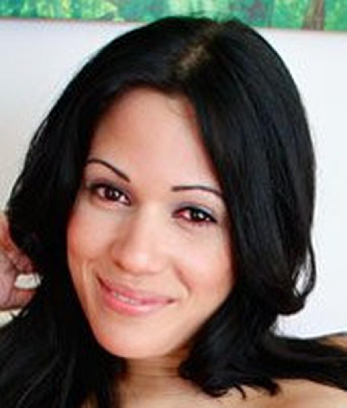 Samantha Pink wiki, Samantha Pink bio, Samantha Pink news