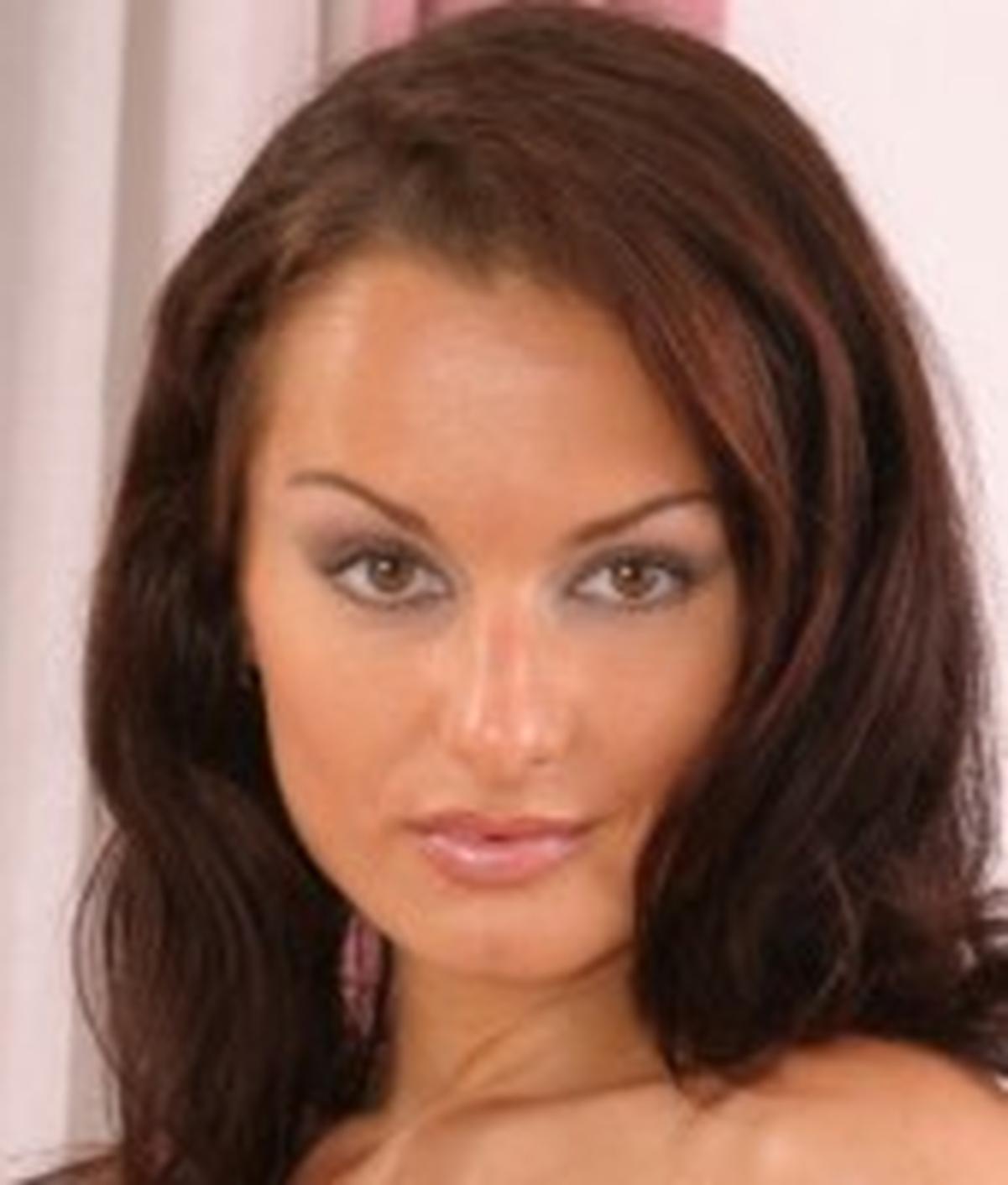 Luisa DeMarco