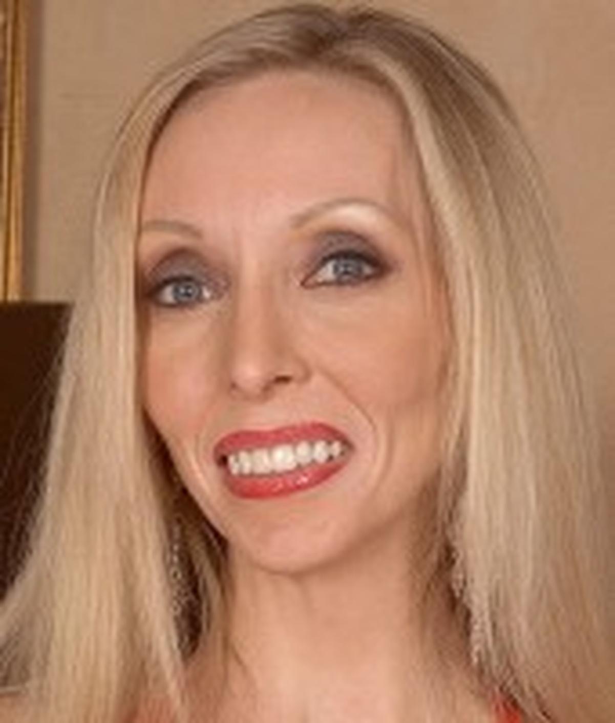 Ophelia Vixxxen