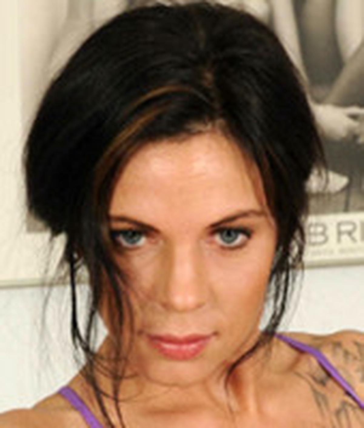 Mia De Berg