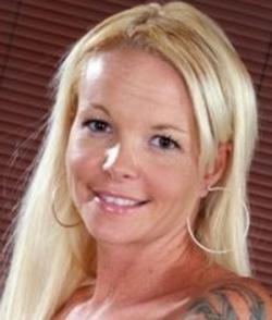 Leah Lust wiki, Leah Lust bio, Leah Lust news