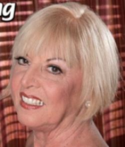 Scarlet Andrews wiki, Scarlet Andrews bio, Scarlet Andrews news
