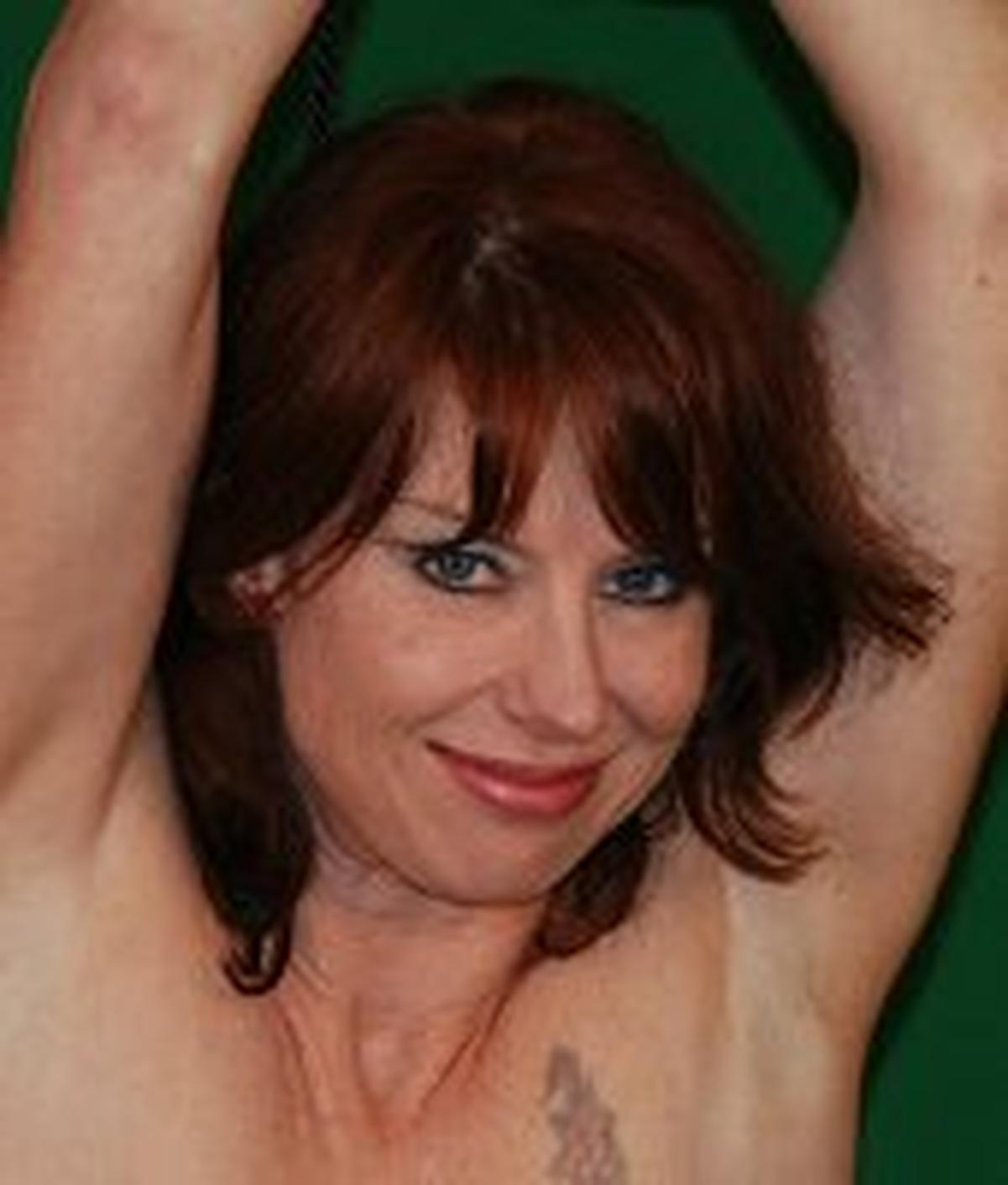 Donna Flower wiki, Donna Flower bio, Donna Flower news