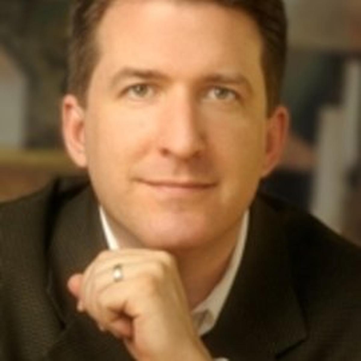 Tom Searcy