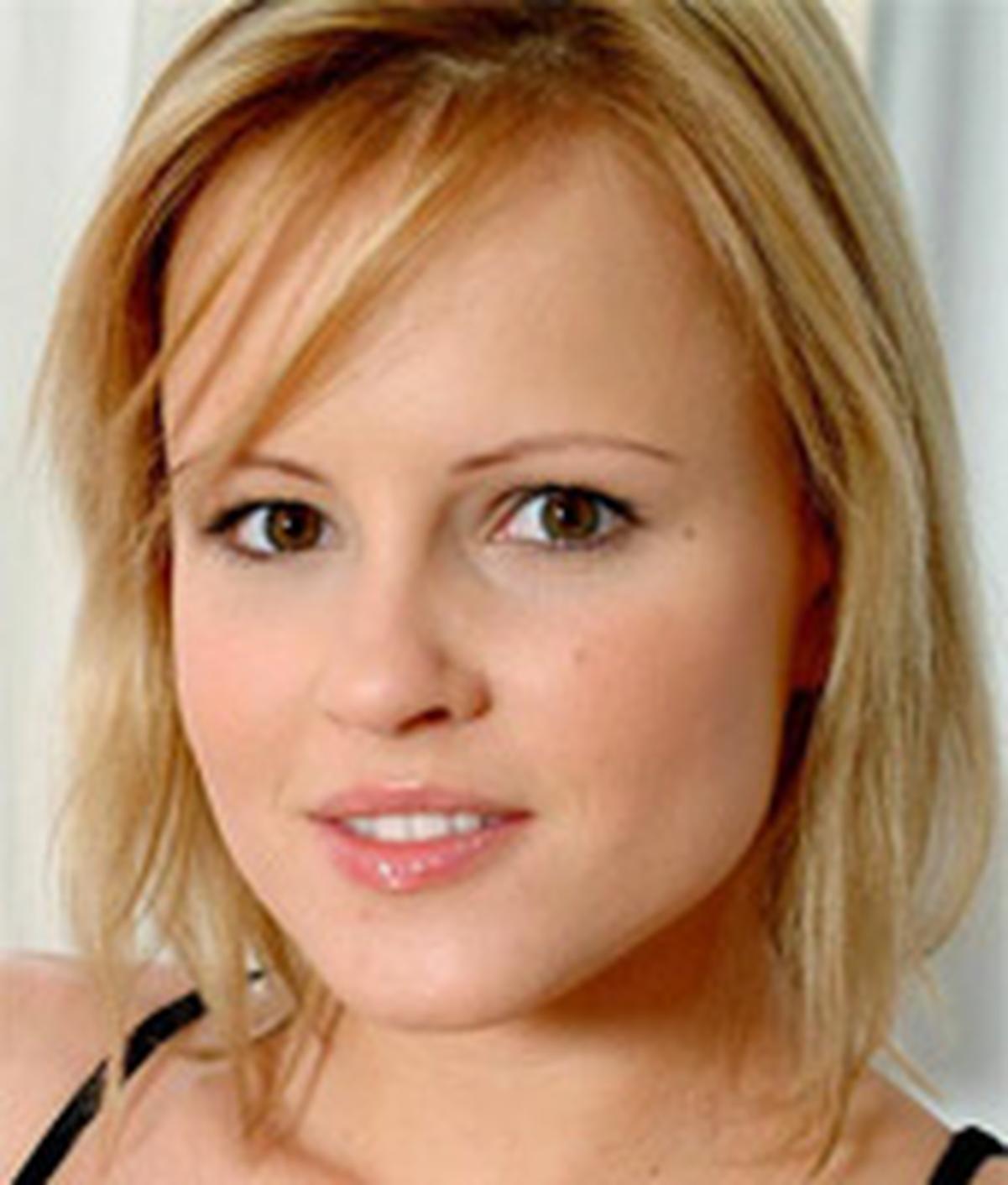 Monica Sweet | Wiki & Bio | Everipedia