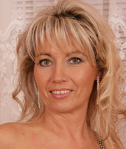 Janet Darling wiki, Janet Darling bio, Janet Darling news