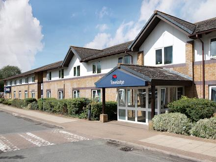 Travelodge: Bicester Cherwell Valley M40 Hotel