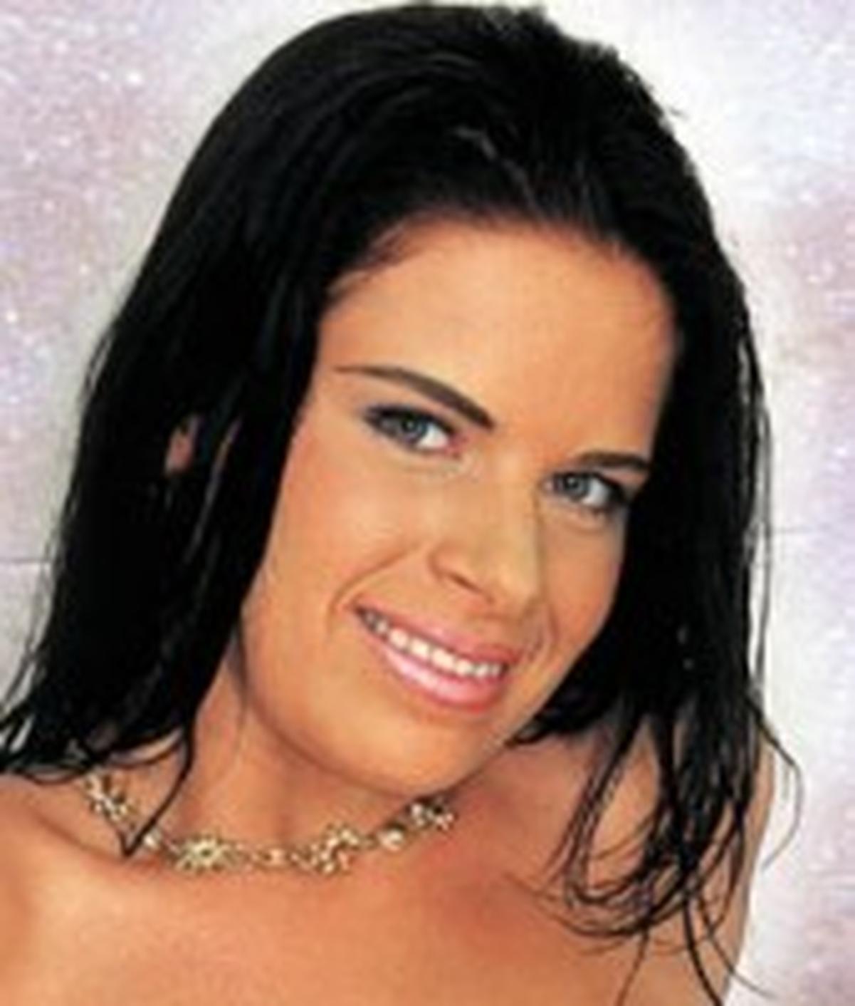 Ines Ridere | Wiki & Bio | Everipedia