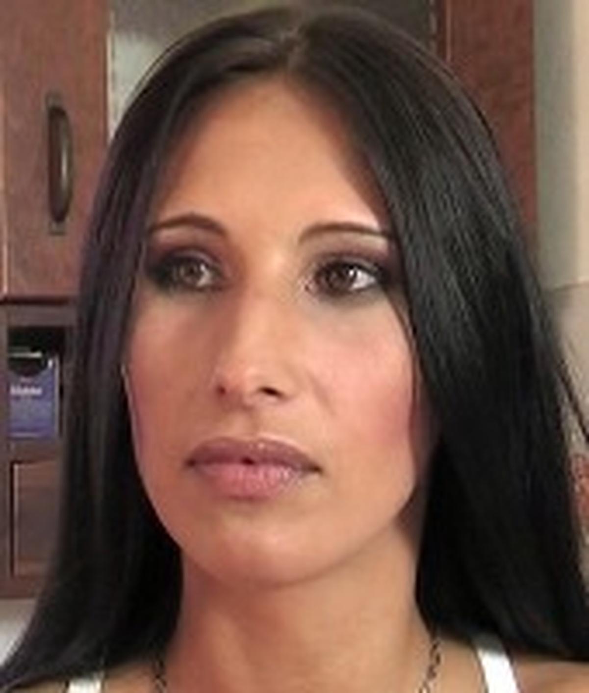 Gabriella Dari