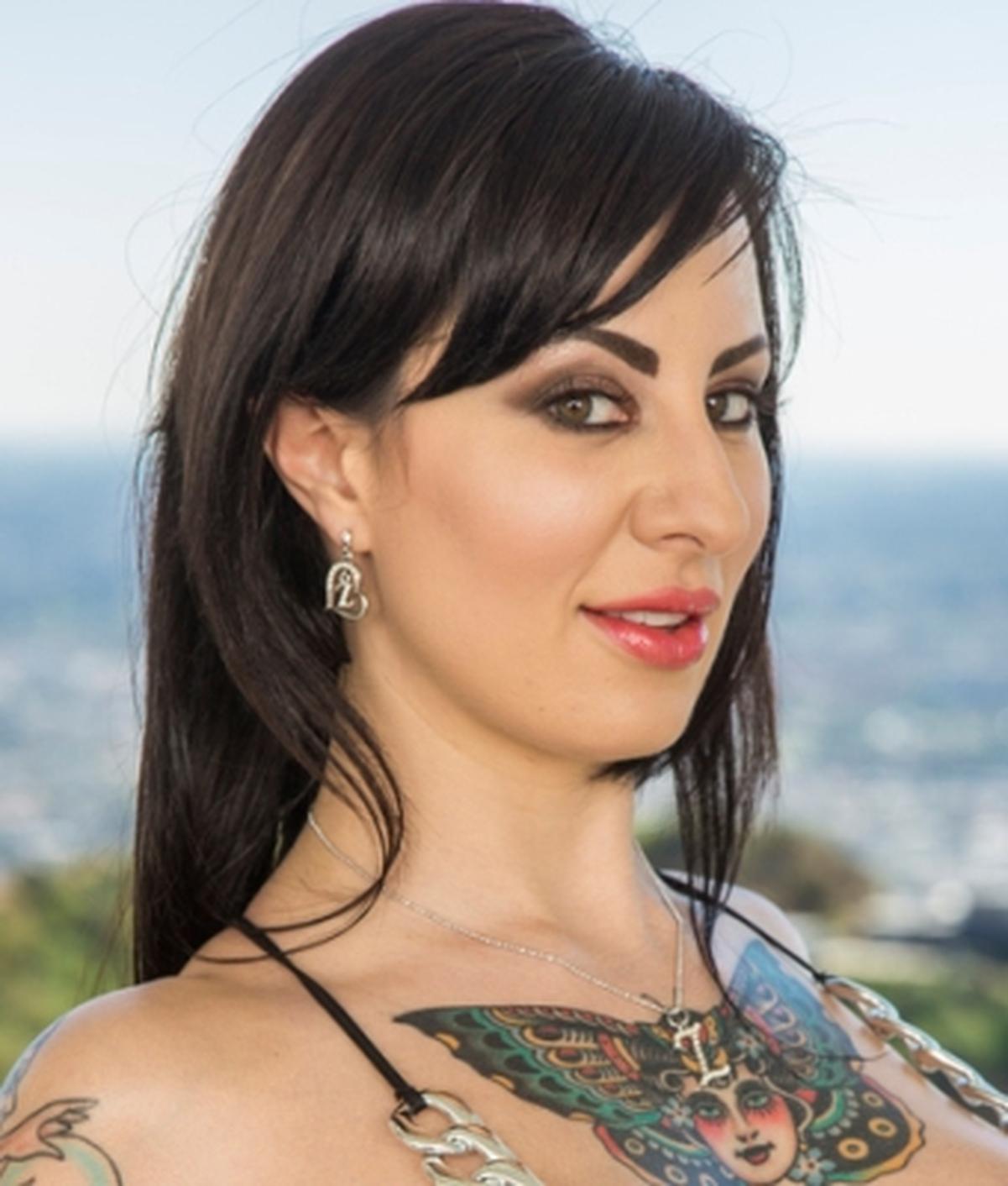 Dollie Darko   Wiki & Bio   Everipedia