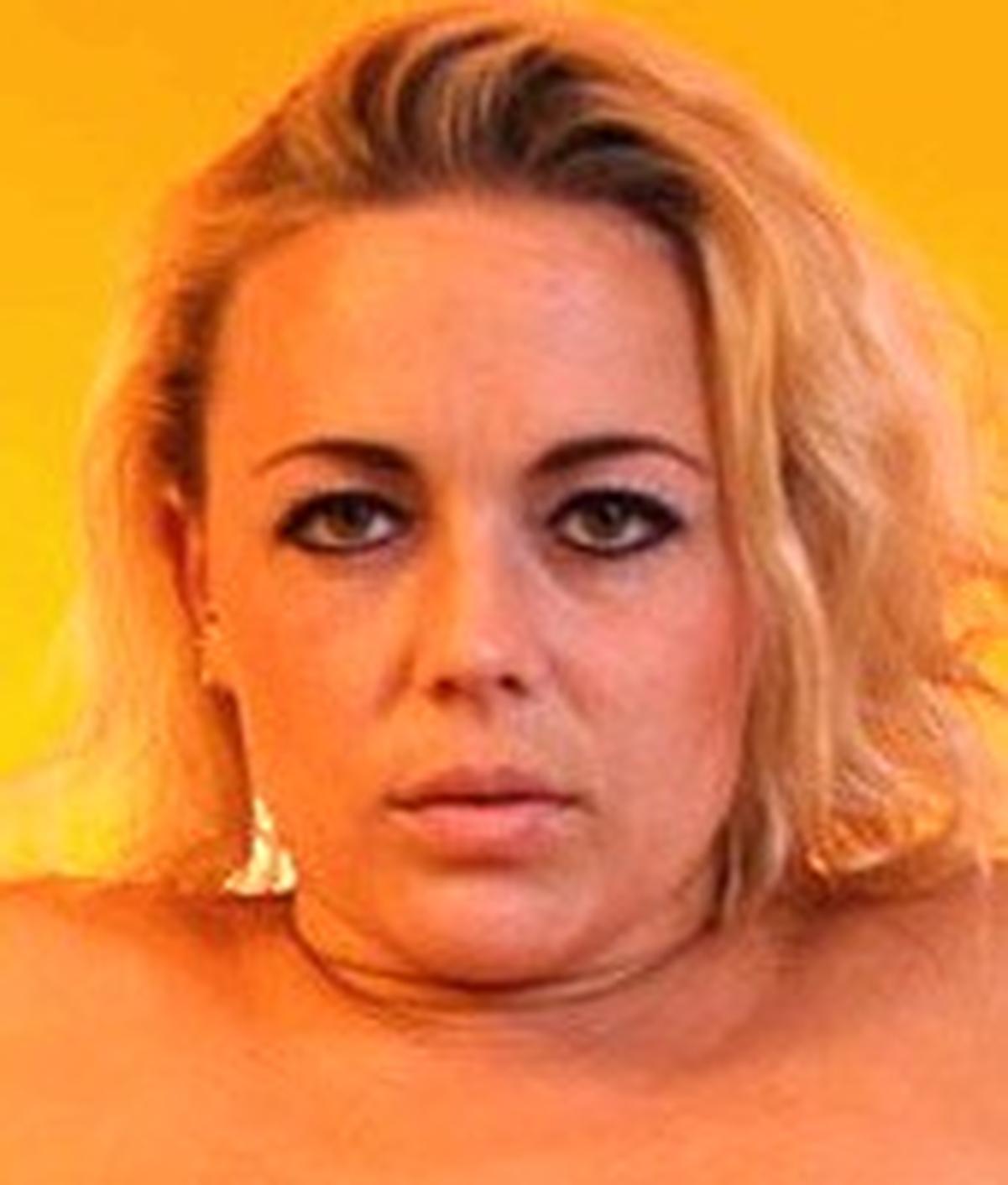 Stella Michaells Wiki & Bio - Pornographic Actress