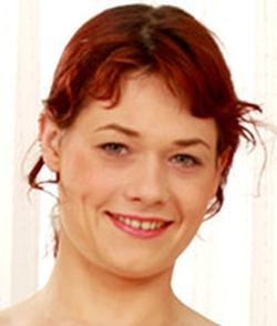 Lara Crow wiki, Lara Crow bio, Lara Crow news