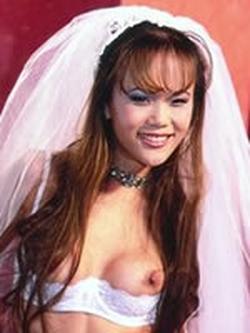 Mia Smiles wiki, Mia Smiles bio, Mia Smiles news