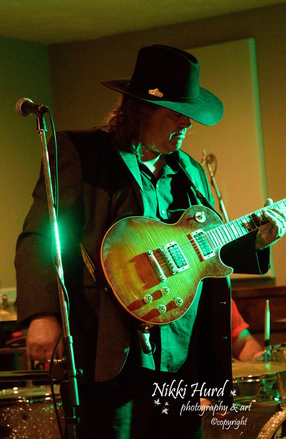 Brian Flynn Band wiki, Brian Flynn Band review, Brian Flynn Band history, Brian Flynn Band news