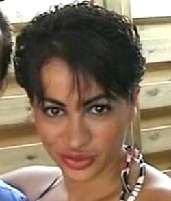 film porno in italiano la figlia troia seduce il padre