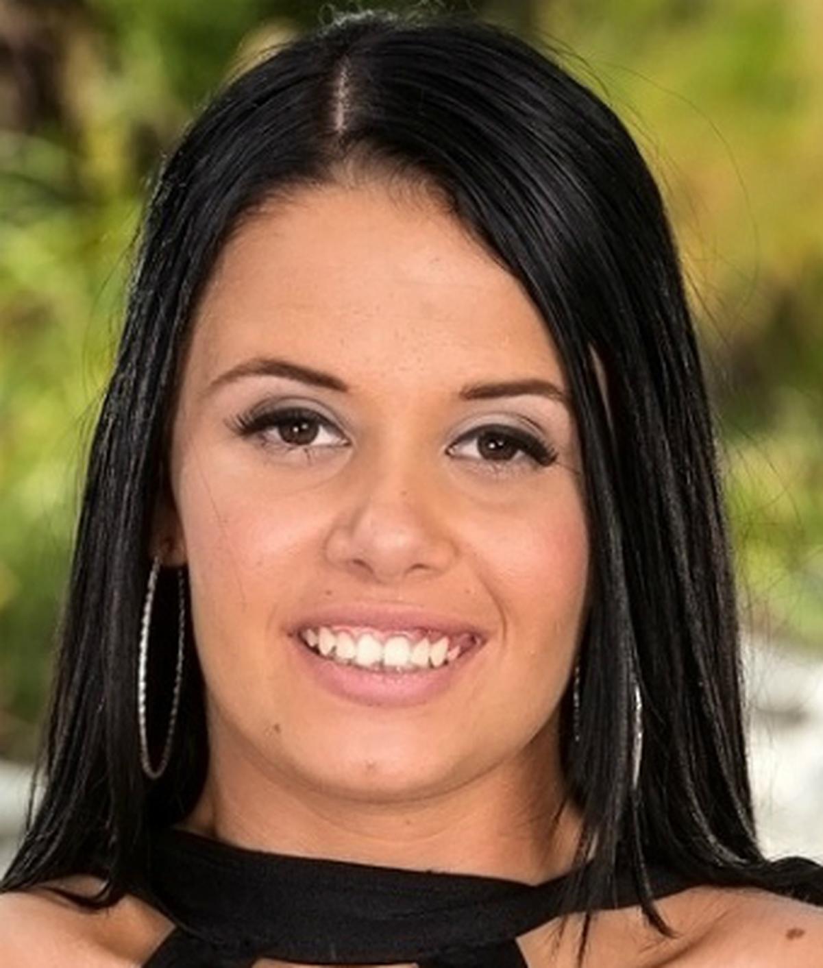 Vera Vaughn