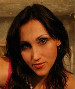 Helen Cruz wiki, Helen Cruz bio, Helen Cruz news