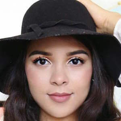 Natalies Outlet wiki, Natalies Outlet bio, Natalies Outlet news