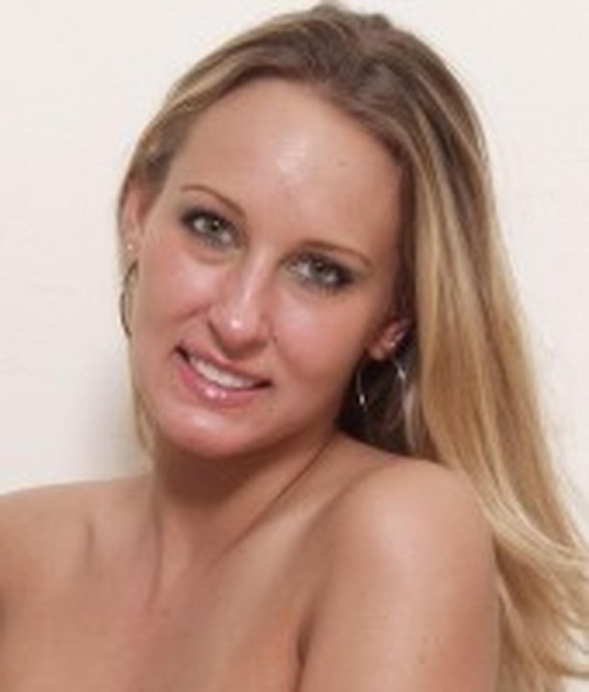 Lana Moore