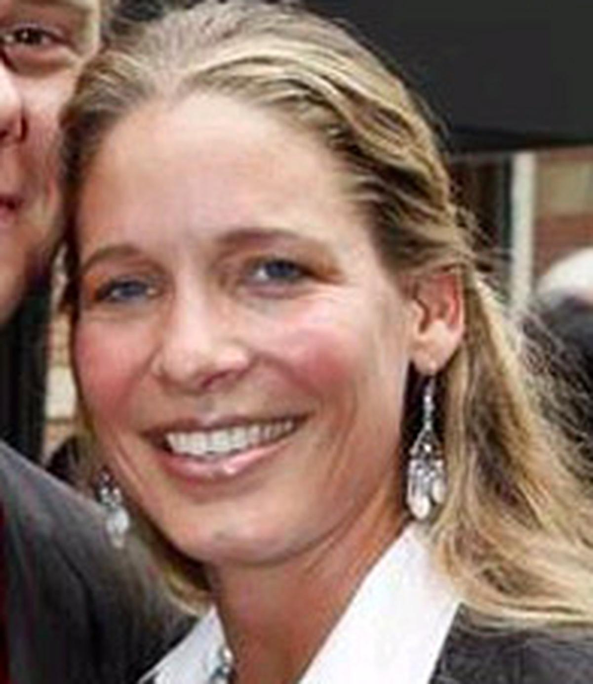 b259994a8d2c Erika Van Thiel Wiki