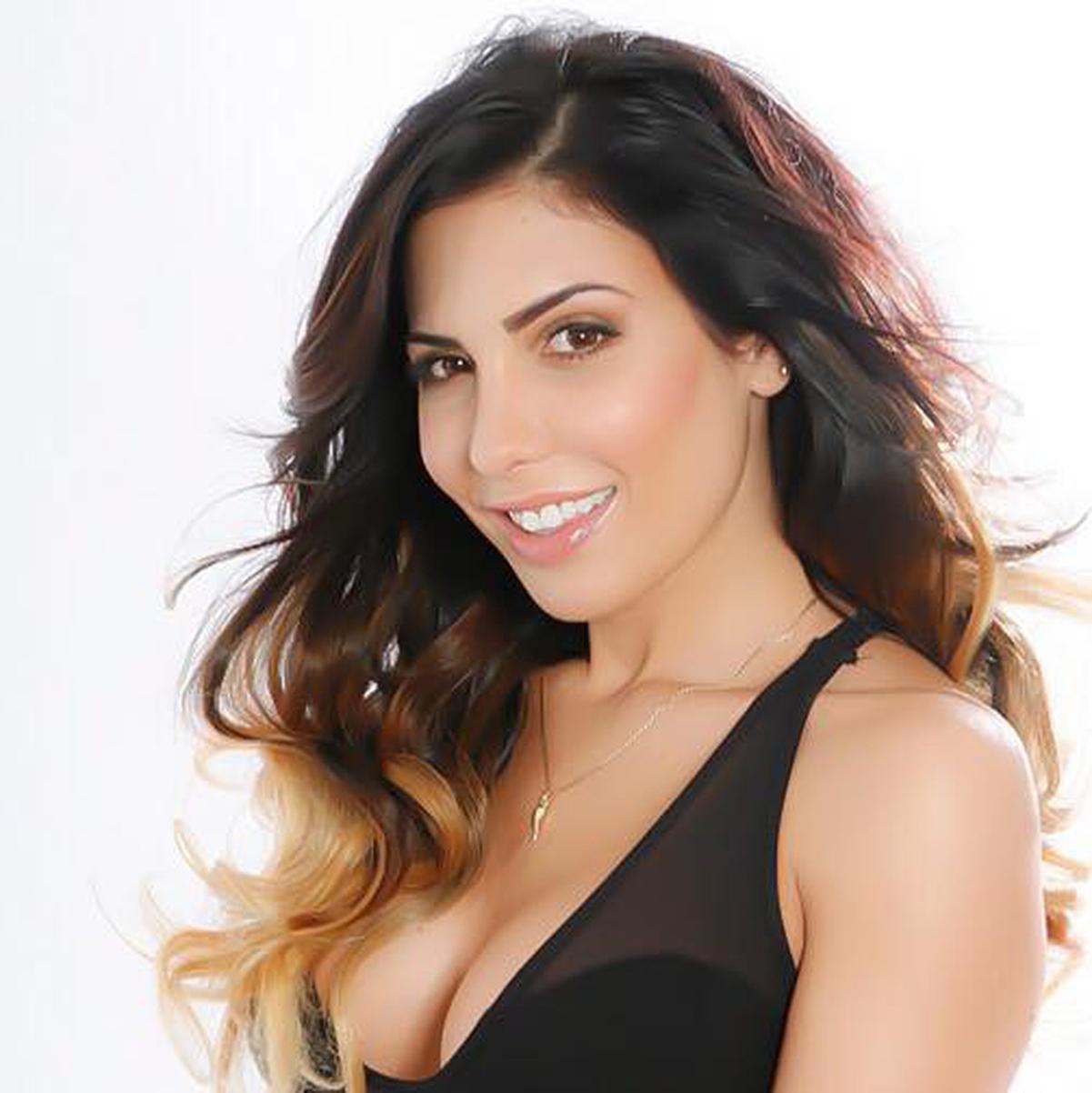 Natalie Guercio Nude Photos 45